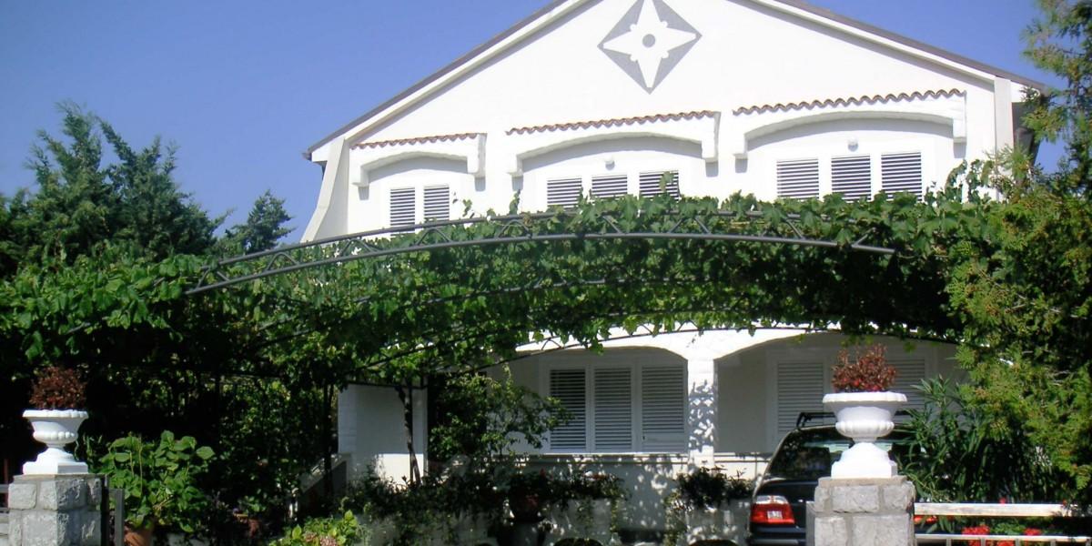 villa-mare-einfahrt